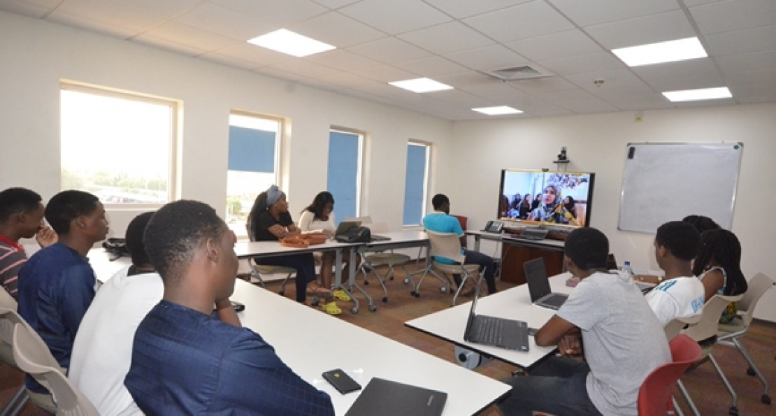 AUN Writing Students Interact with Pakistani Counterparts